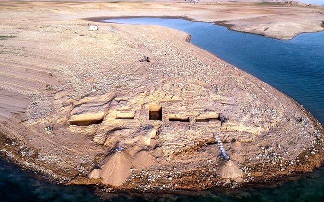 Un palat antic, vechi de 3400 de ani, a fost descoperit in Irak