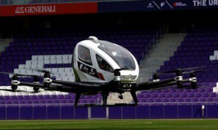 Vehiculul aerian EHang 216 este conceput pentru 2 persoane